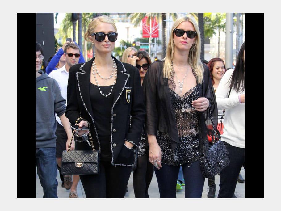 Paris et Nicky Hilton et leurs sacs Chanel