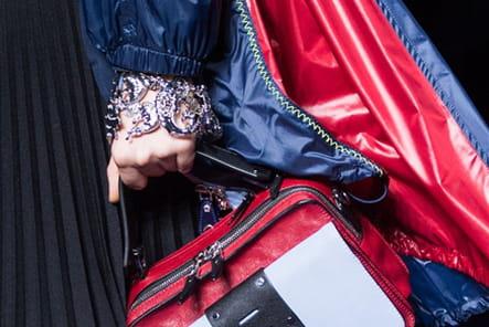 Versace (Close Up) - photo 56