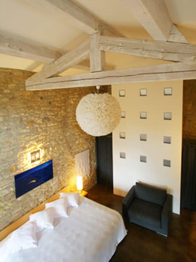 suspension a rienne. Black Bedroom Furniture Sets. Home Design Ideas