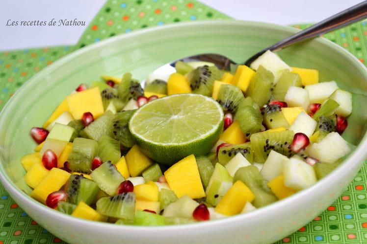 Salade de fruits mangue, grenade, kiwi
