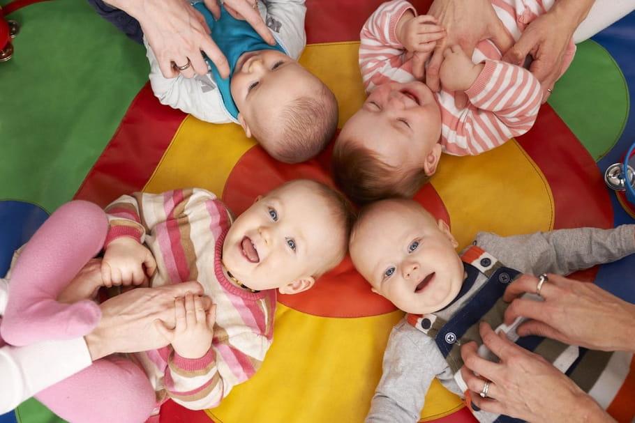 Garde d'enfant: une aide supplémentaire aux familles défavorisées