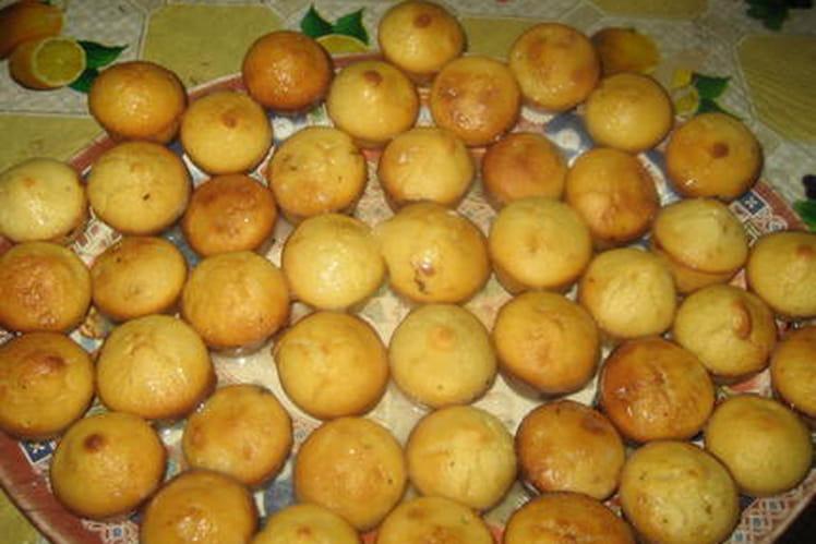 Mini muffins glacés au citron