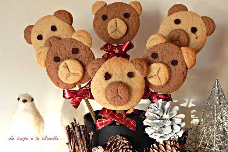 Biscuits Oursons de Noël en sucettes