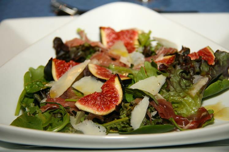 Salade d'automne aux figues fraiches