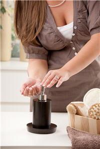 l'hydratation en hiver est indispensable pour éviter que la peau ne tire et soit