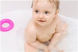 pour les bains optez pour des produits sans savon, avec un ph neutre.
