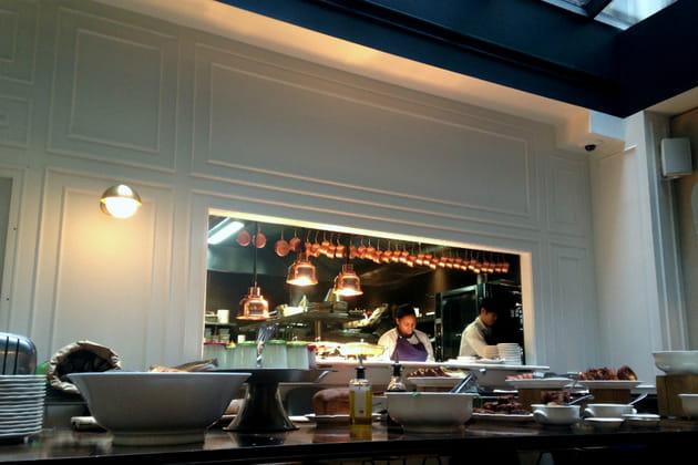 Une cuisine ouverte pour une atmosphère conviviale