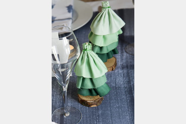 DIY des mini sapins de table en tissu