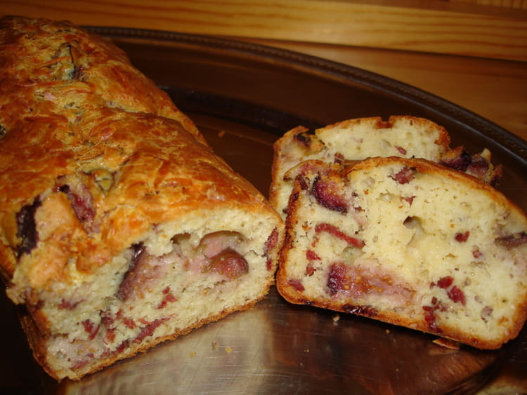 Recette de cake figues magrets la recette facile - Cuisiner des figues fraiches ...