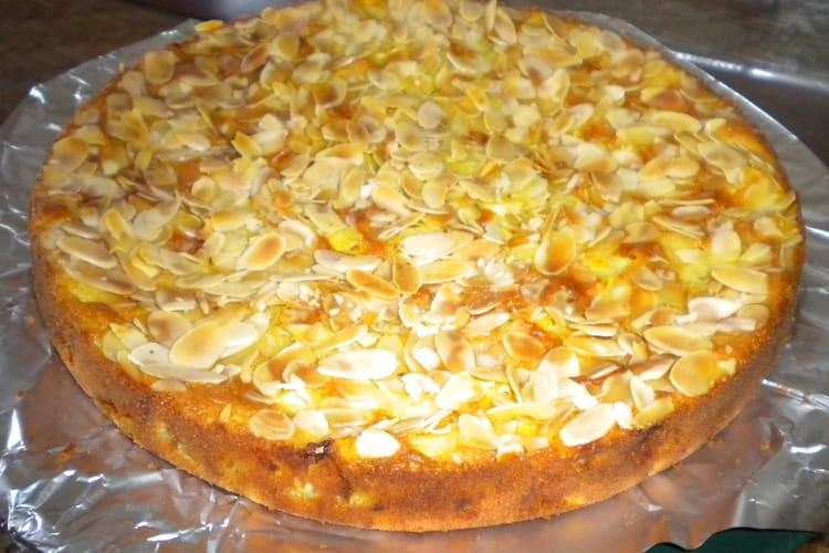 Gâteau aux pommes et amandes effilées