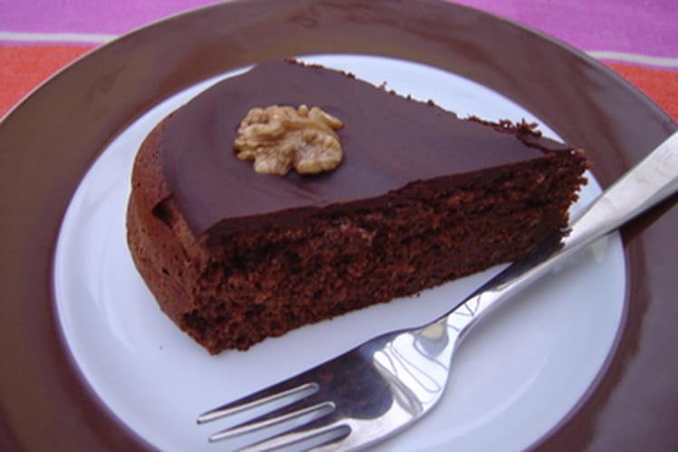 Gâteau aux noix et au rhum