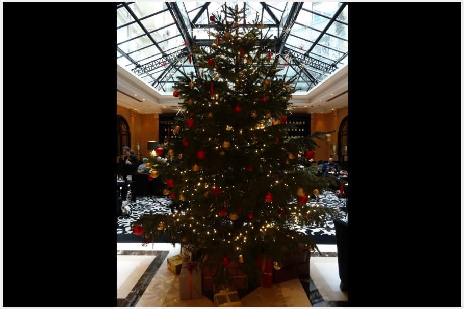 Le sapin de Noël du Hyatt Paris Madeleine