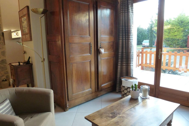 Du mobilier familial en bois for Mobilier bois