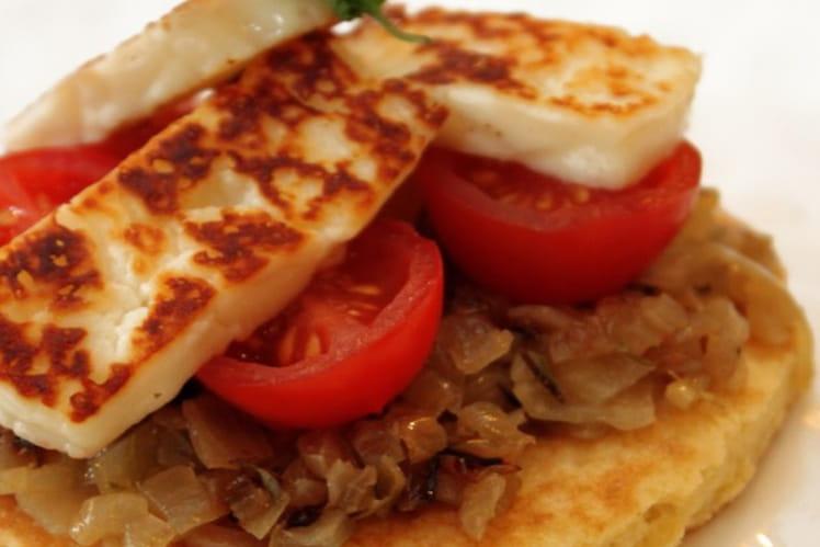 Socca niçoise (ou tarte fine de pois chiches) aux tomates rôties et oignons poêles, grillis et herbes de Provence