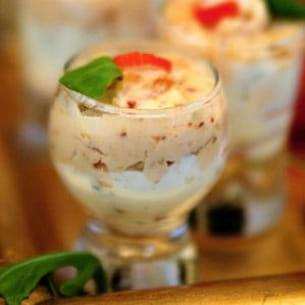 verre'in textures and flavors (surimi, abricot sec et chèvre)