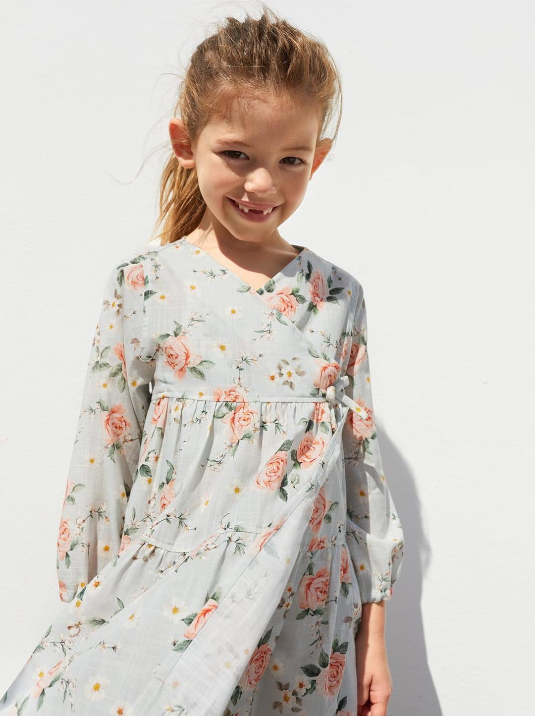robe-imprimee-fleurs-zara