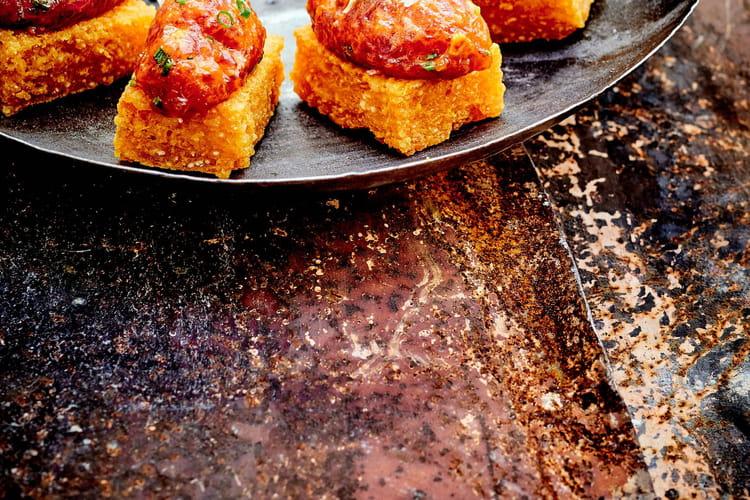 Bouchées de polenta au tartare de thon