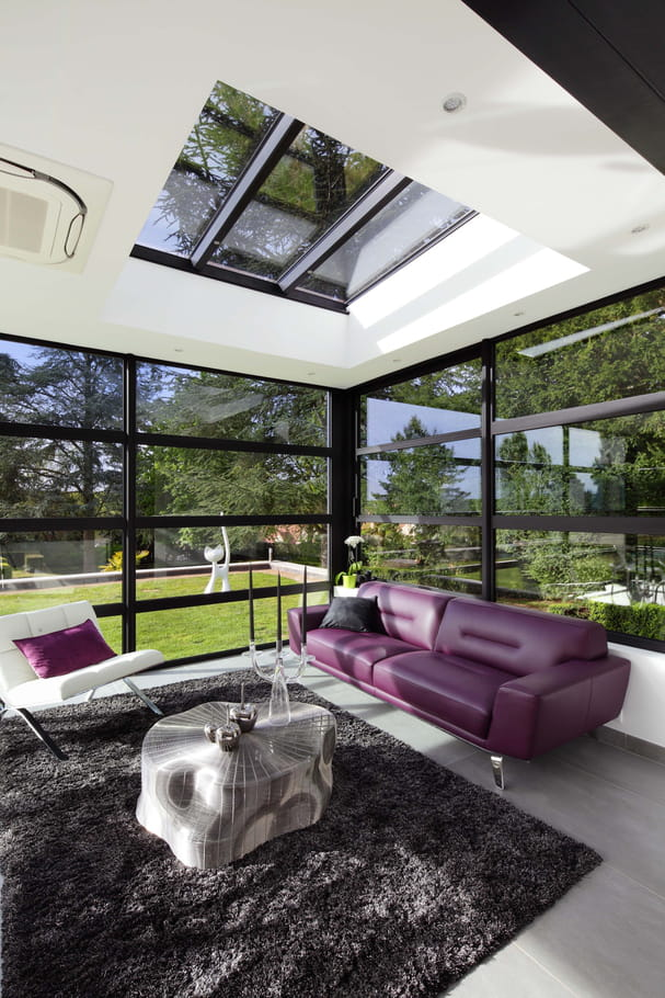 L 39 espace salon une cuisine ouverte sur la v randa for Cuisine ouverte sur veranda