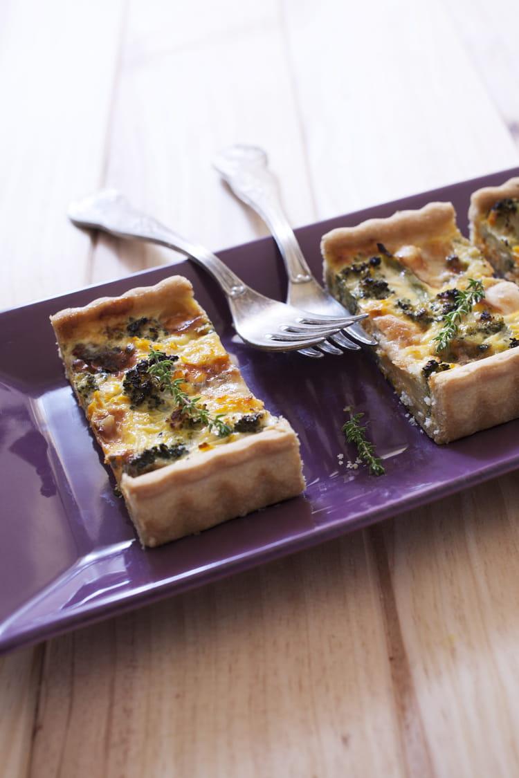 recette tarte brocolis roquefort tarte sal e. Black Bedroom Furniture Sets. Home Design Ideas