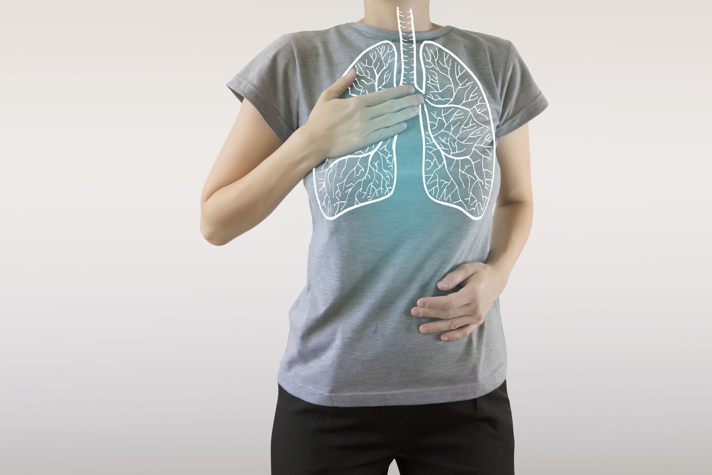 Tirage respiratoire: signes, causes, que faire (bébé, adulte)?