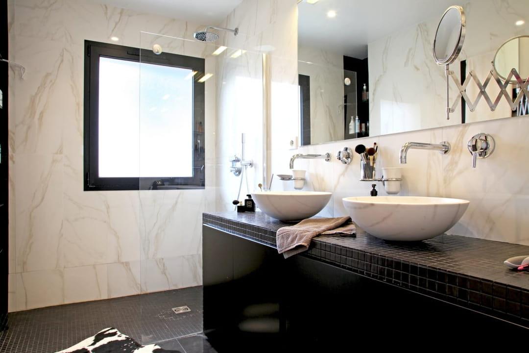 3 salles de bains inspirées qui ne vous laisseront pas de marbre