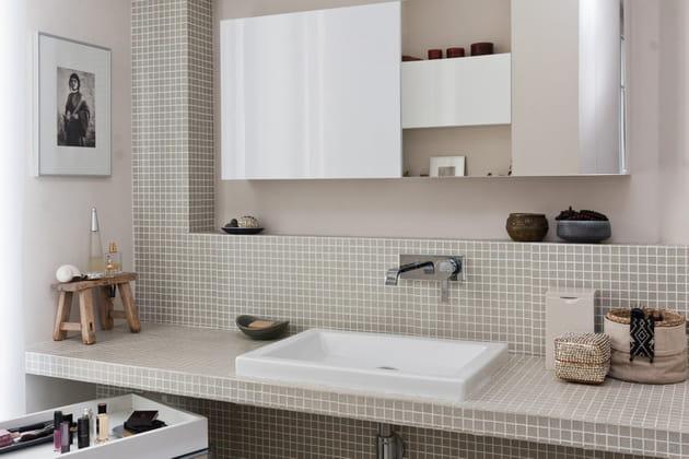 """Petite salle de bains aux notes """"nature"""""""