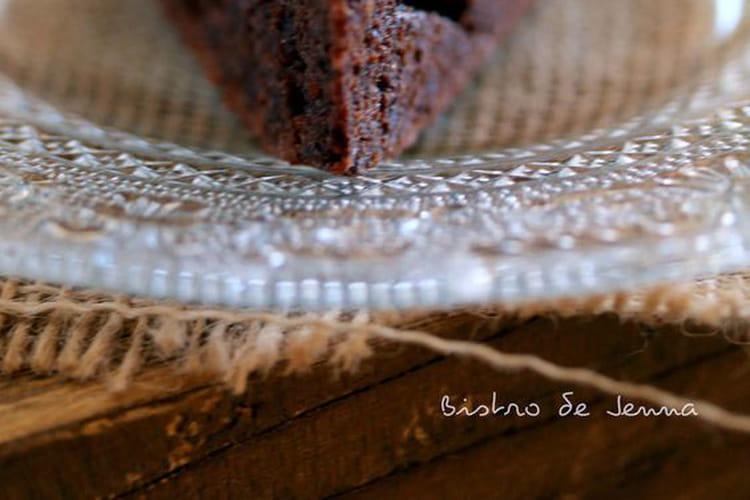 Gâteau chocolat au yaourt topping noisettes