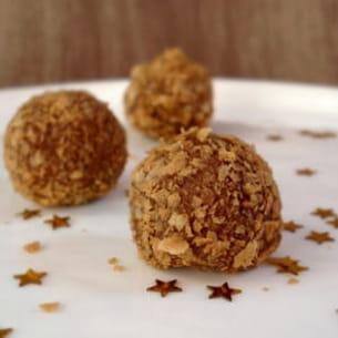 truffes croustillantes, praliné et crêpes dentelles