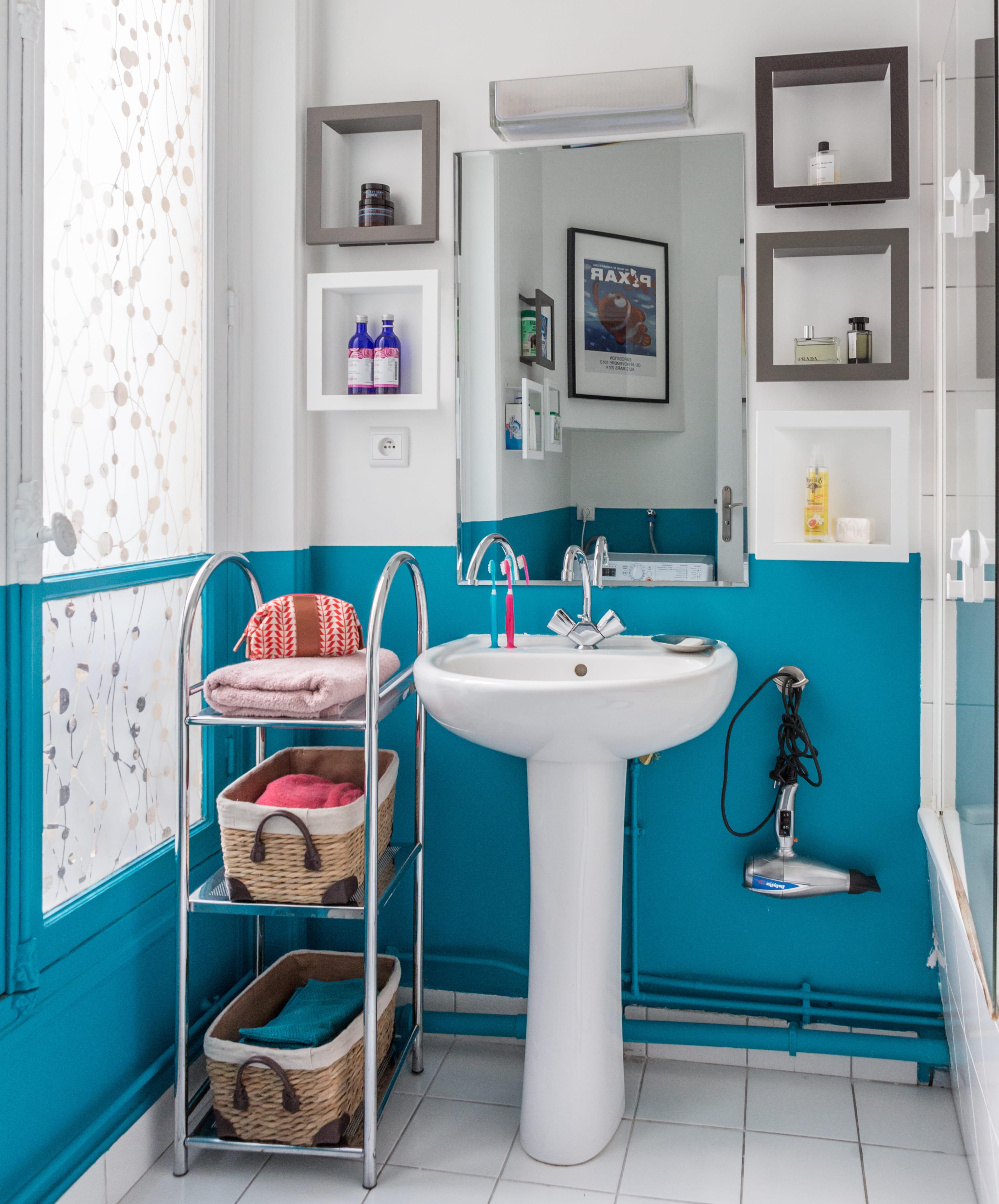 10 trucs pour relooker sa salle de bains sans se ruiner. Black Bedroom Furniture Sets. Home Design Ideas