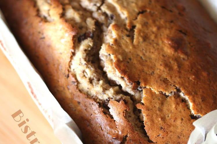 Cake au yaourt, noisettes et chocolat