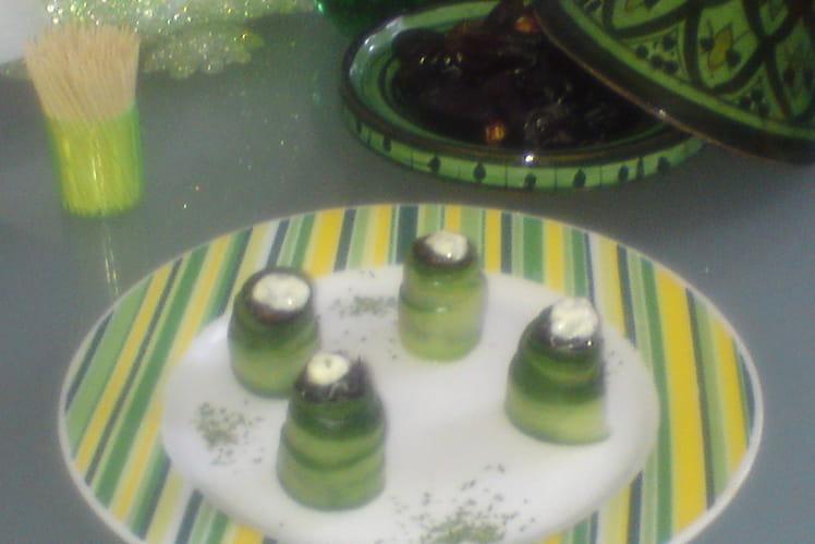 Rouleaux de concombre aux dattes