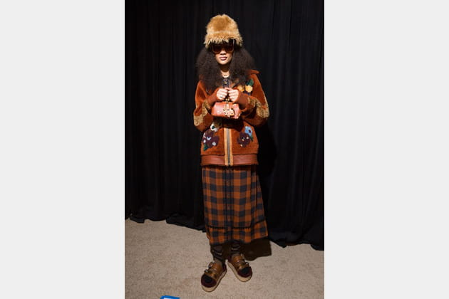 Coach (Backstage) - photo 12