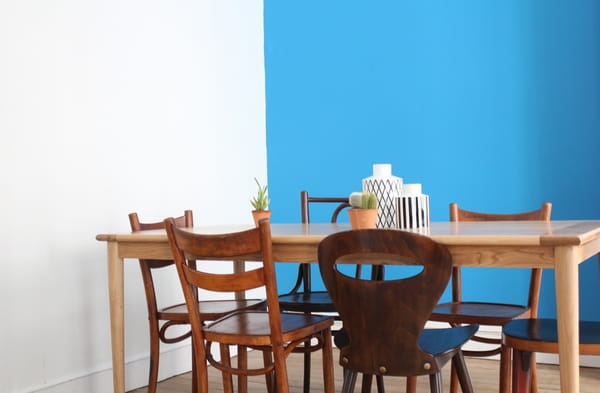 table-et-chaises-en-bois-selency