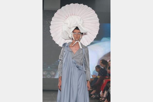 Le look chinoiserie transgenre du défilé VFiles