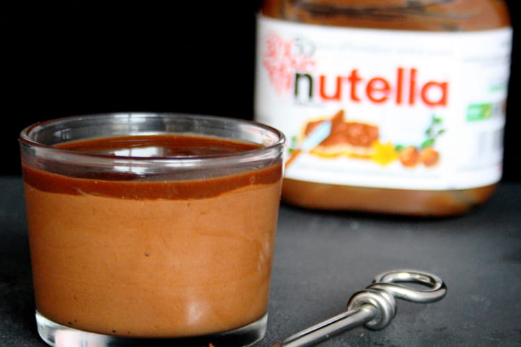 Mousse au Nutella et son coulis