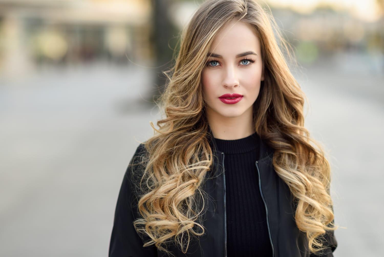 Wavy: conseils et astuces pour une coiffure parfaite