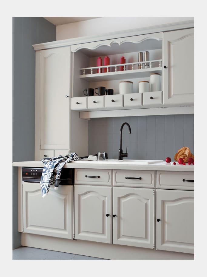 peinture r novation meuble cuisine de v33 repeindre sa cuisine prix mini journal des femmes. Black Bedroom Furniture Sets. Home Design Ideas