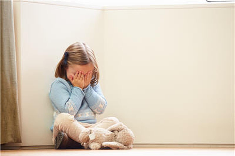 Maltraitance de l'enfant: les médecins n'y pensent pas assez