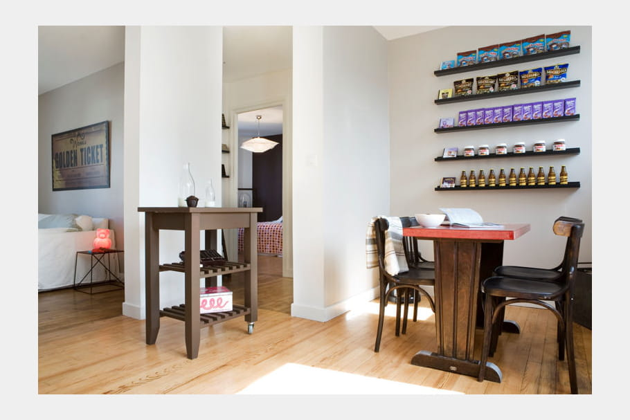 Une salle manger style bistrot for Appartement deco bistrot