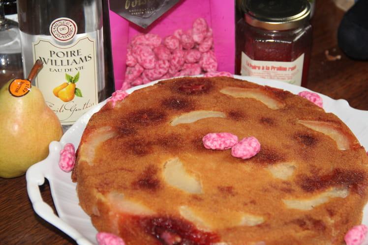 Gâteau lyonnais aux poires et pralines roses