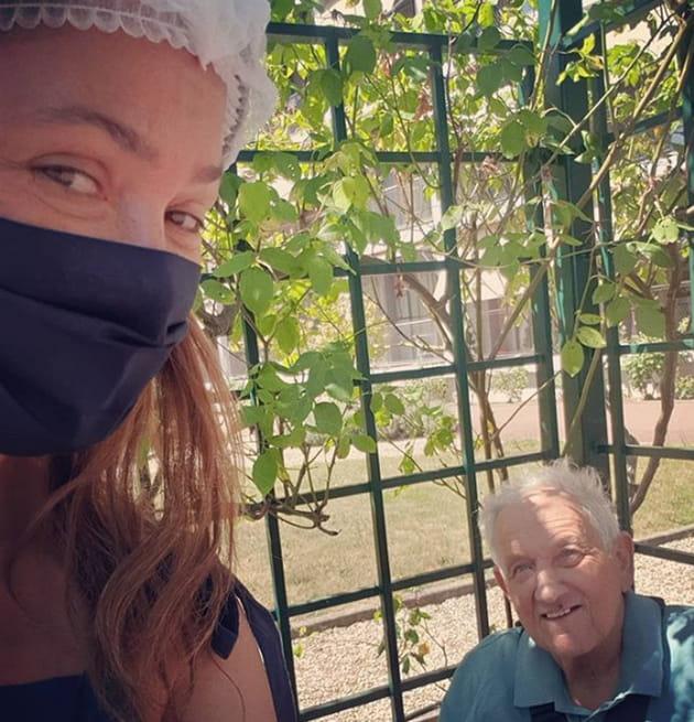 Jardin Smart Residence Malang: Sandrine Quétier : émouvantes Retrouvailles Avec Son Père