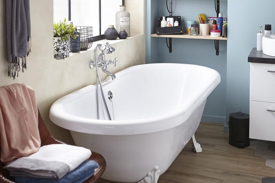 Peindre Une Baignoire Les étapes à Respecter - Comment repeindre une baignoire
