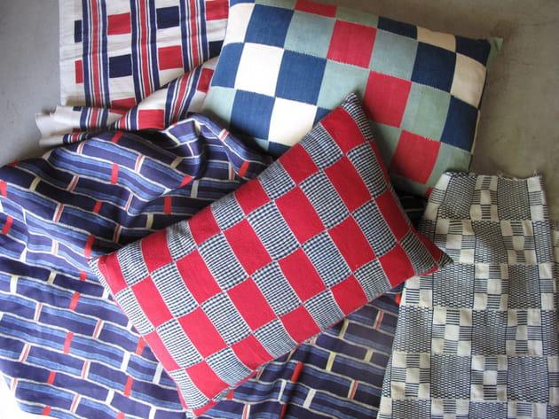 coussins de jules et jim. Black Bedroom Furniture Sets. Home Design Ideas