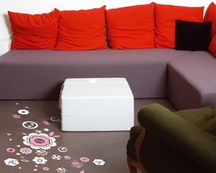 sticker 'blossom kill' de tado pour domestic