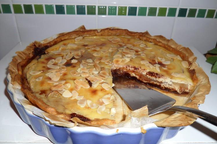 Tarte fine aux poires, chocolat et amandes