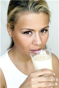 les produits laitiers doivent être pris à tout âge pour maintenir un bon taux de