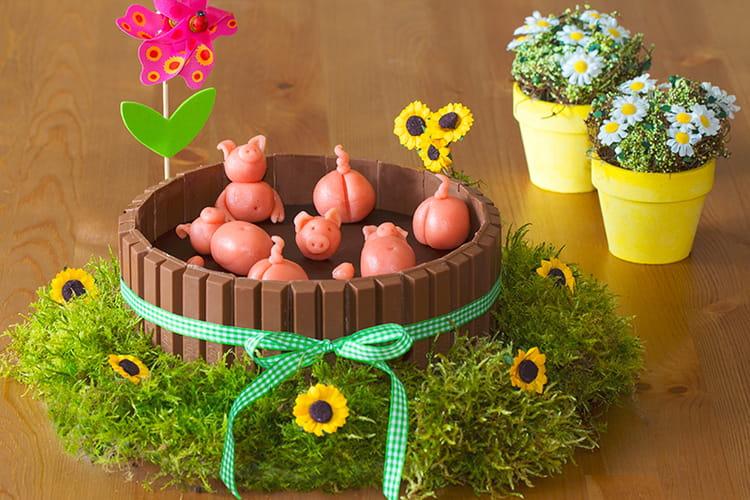 Gâteau d'anniversaire Petits cochons roses dans leur jacuzzi