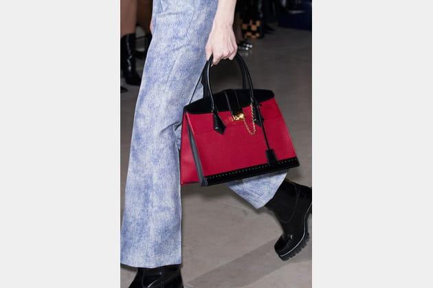 Louis Vuitton (Close Up) - photo 13