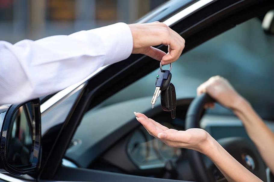 Jeune conducteur : comment choisir sa première voiture