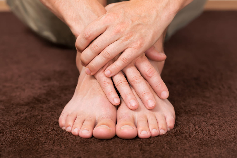 Prévenir une mycose des pieds: remèdes, désinfectant, chaussures...
